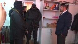 Belgisiz silâlı insanlar «SimSitiTrans» işini blok ettiler (video)