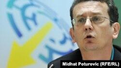 Imamo tipičnu oligarhijsku ili lično autokratsku vladavinu u svim strankama u BIH: Mujkić