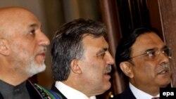 Карзай талибдер менен элдешүү оюн Стамбулда Абдулла Гүл жана Асиф Али Зардари менен талкуулады.