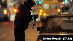 Проверка автомобилистов на наличие алкоголя в крови в Волгограде