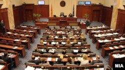 На вчерашната седница не беше обезбедно дво-третинско мнозинство за избор на Агим Мехмети за нов претседател на Комисијата за лустрација.