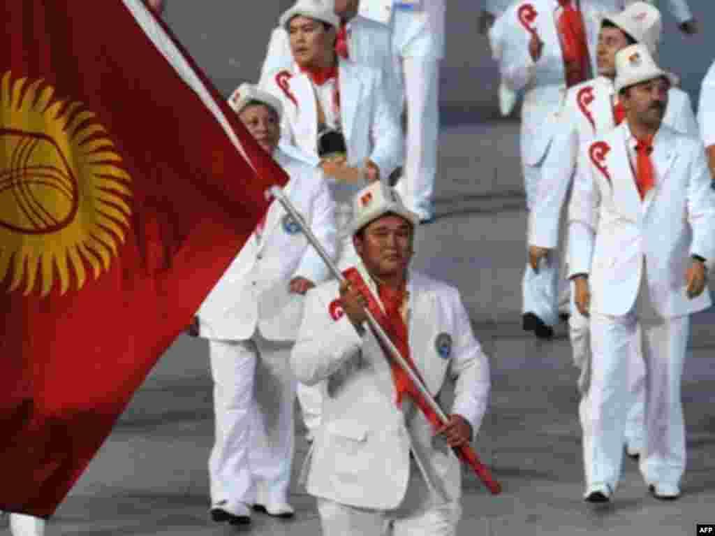 На открытии Олимпийских игр в Пекине, 2008 год.