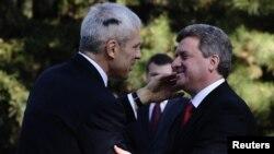 Македонскиот претседател Ѓорге Иванов и српскиот претседател Борис Тадиќ во Скопје, 16.12.2011.