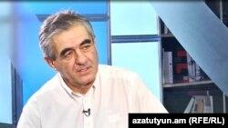 Манвел Саргсян в студии «Азатутюн ТВ», Ереван, 25 августа 2017 г․