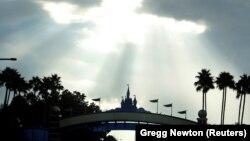 Утро 8 сентября в Диснейленде, штат Флорида.