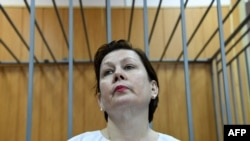 Наталья Шарина в суде в Москве, Россия, 25 мая 2017 года