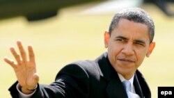 اوباما روز شنبه هنگام گذراندن تعطيلات سال نو ميلادی در هاوايی لایحه تحریم بانک مرکزی ایران را امضاء کرد.