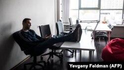 """Алексей Навальный. Фото: Евгений Фельдман для проекта """"Это Навальный"""""""
