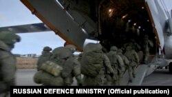 Завантаження російських військових в Ульяновську