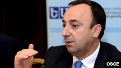 Armenia Justice Minister Hrair Tovmasian said 1,200 to 1,300 inmates would be amnestied.