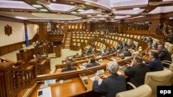 Молдова парламенти.