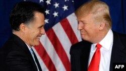 Міт Ромні і Дональд Трамп у 2012 годзе