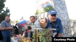 В Южной Осетии много говорят о перспективах сельскохозяйственного производства, строят планы по развитию аграрного сектора. Теперь вроде бы все условия созданы – и российские деньги на развитие поступают, и возможность свободного вывоза продукции предоставлена