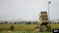 Пускова установка системи «Залізний купол» на бойовому чергуванні біля міста Ашкелона, фото 4 квітня 2011 року