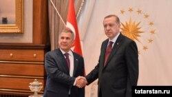 Рәҗәп Эрдоганның Рөстәм Миңнеханов белән очрашуы, Әнкара (архив фотосы)