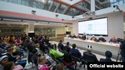 Православ яшьләр форумының пленар утырышы, Казан, 30 август, 2015 ел