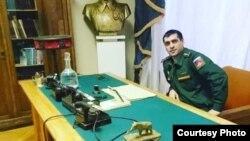 Фотографии Сухроба Каримова предоставлены в распоряжение Радио Озоди его родными
