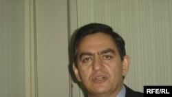 Əli Kərimli 2006-cı ildən ümumvətəndaşlıq pasportu ala bilmir