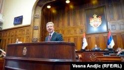 Штефан Фюле в сербському парламенті, Белград, 17 липня 2013 року