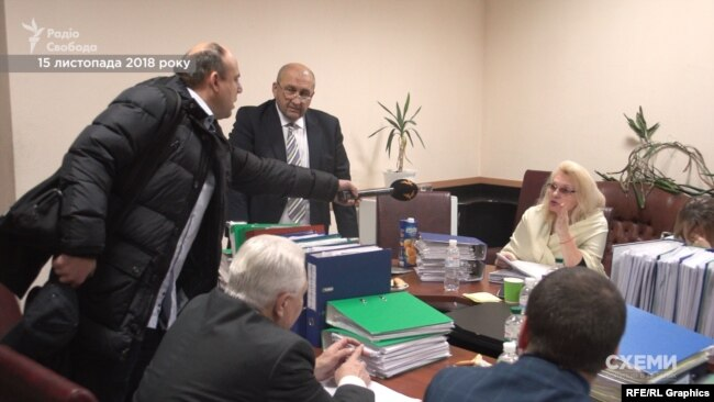 Знімальна група «Схем» на засіданні комісії Міністерства аграрної політики