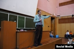 Андрей Рихтер на факультете журналистики МГУ (автор фотографии - Светлана Балашова)