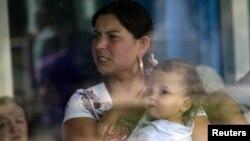 Многие репатрианты, создав семьи в Абхазии, возвращаются обратно, потому что по турецкому законодательству дети, родившиеся в Абхазии, лишаются наследства отца