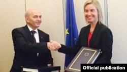 Premijer Kosova Isa Mustafa i Visoka predstavnica EU Federika Mogerini