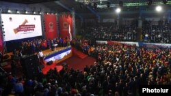 Armenia - President Serzh Sarkisian speaks at the official launch of his Republican Party's election campaign in Yerevan, 5Mar2017.