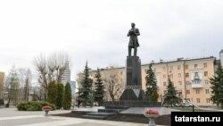 Памятник Габдулле Тукаю в Казани