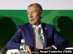 Russian lawmaker Andrei Klimov (file photo)