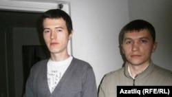 Илнур Хафизов һәм Фидаил Сәлимҗанов мәхкәмә утырышы алдыннан