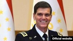 Командующий Центральным командованием Вооруженных сил США Джозеф Леонард Вотел.