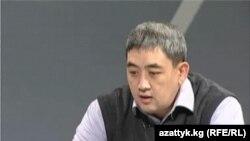 Кыргыз акыны Жыргалбек Касаболотов. Бишкек ш. 2010-жылдын 27-октябры.