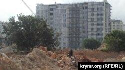 Будівництво на місці Фісташкового гаю, Севастополь, 2017 рік