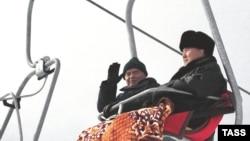 Ислом Каримов ва Нурсултон Назарбоев Қозоғистоннинг Чимбулоқ курортида. 2001 йил 8 январ.