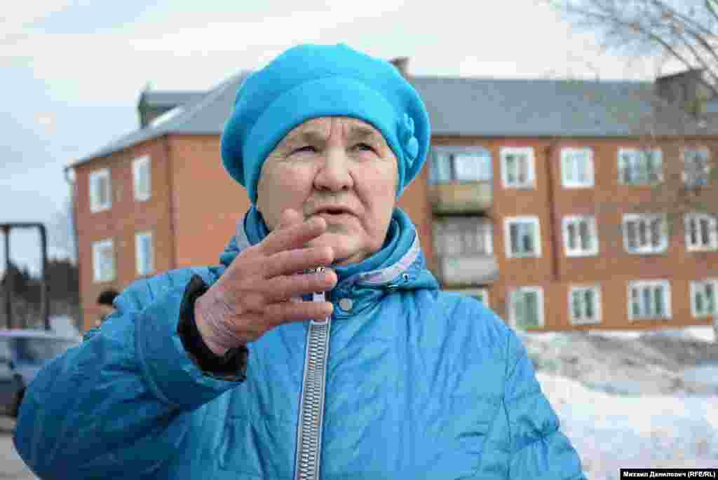 Мария Филимонова получила здесь квартиру по социальному найму. То есть уже не временную. Новые хозяева этой квартире рады и не жалуются.