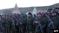İraqda Kürd döyüşçüləri