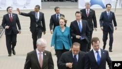 Лидерите на Г8 пристигнуваат на Самитот во Довил