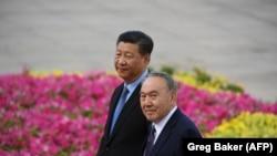 Си Цзинпин менен казак президенти Нурсултан Назарбаев