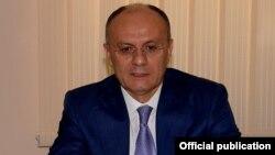 Армения қорғаныс министрі Сейран Оханян.