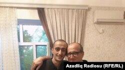 ფუად აჰმადლი მამასთან ერთად საპატიმროდან განთავისუფლების შემდეშ, 18 აგვისტო, 2020 წელი