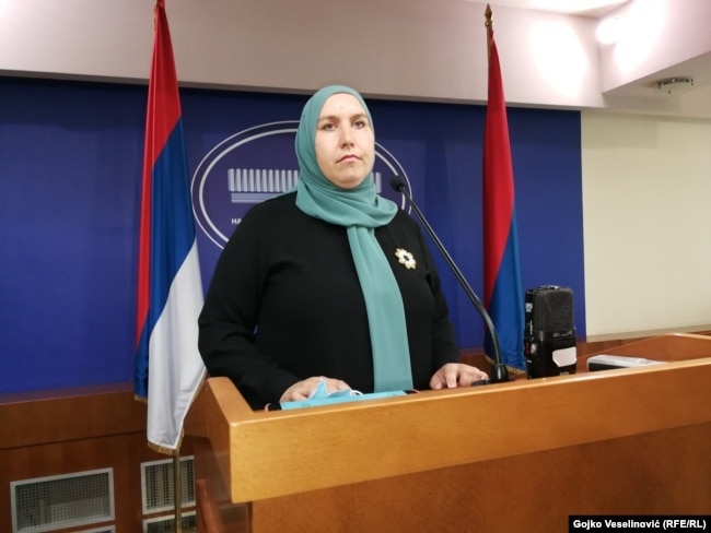Begija Smajić, zastupnica u NSRS-u, obratila se medijima prije sjednice u petak, 30. jula