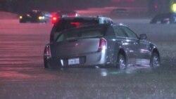 Хьюстон затопило: в городе выпала трехмесячная норма осадков