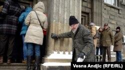 Gužve i redovi za odjavu hrvatskog prebivališta