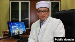 Главный имам астанинской мечети «Хазрет Султан» Кайрат Жолдыбайулы.