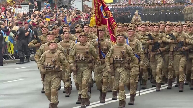 Ukraine Makes Show Of Force To Mark 25 Years Of Independence
