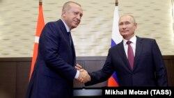 Президенты Турции и России Реджеп Тайип Эрдоган и Владимир Путин. Сочи, 17 сентября 2018 года.
