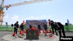 Արտգործնախարար Էդվարդ Նալբանդյանը մասնակցեց Չինաստանի դեսպանության նոր շենքի հիմնարկեքի արարողությանը, Երևան, 9-ը օգոստոսի, 2017 թ․