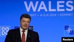 Петро Порошенко на саміті НАТО, фото 4 вересня 2014 року