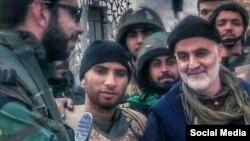 یکی از تصاویر منتشرشده اخیر که گفته میشود قاسم سلیمانی را در سوریه، یا به طور مشخص در حلب، نشان میدهد